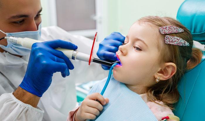 Cuando llevar a mi hijo al dentista por primera vez. Clínica dental Madrid